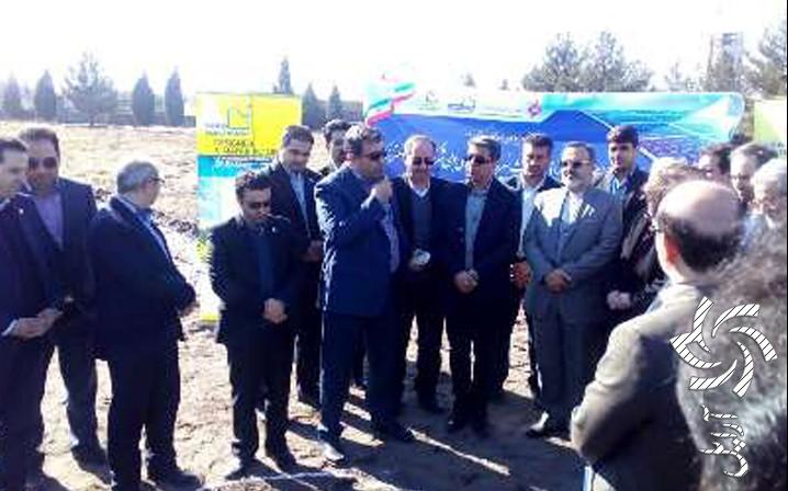 آغاز ساخت اولین نیروگاه خورشیدی بومی کشور در مشهدبرق خورشیدی سولار