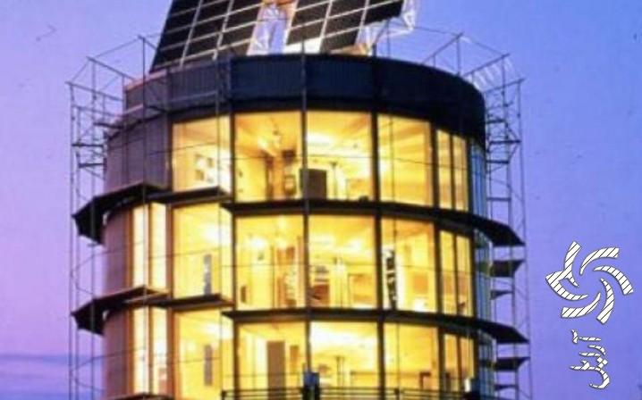 خانه آفتابگردانی  برق خورشیدی