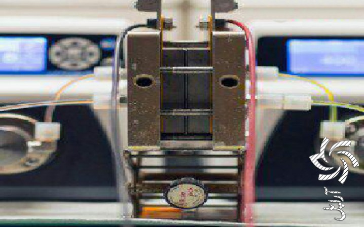 باتری که انرژی تجدید پذیر را در خود ذخیره می کندبرق خورشیدی سولار