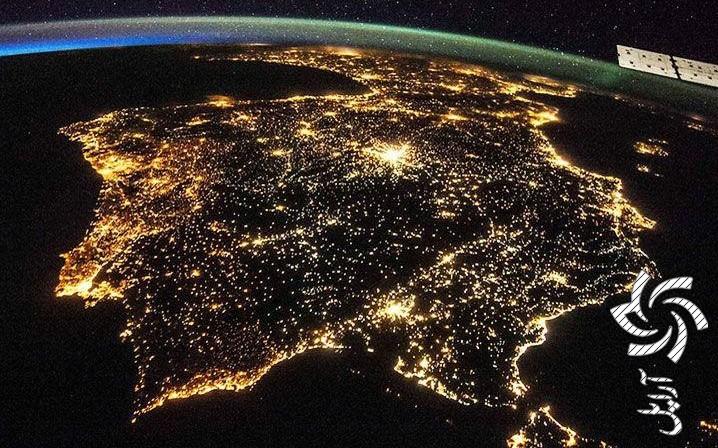 میتوان از آسمان شب هم انرژی تولید کردبرق خورشیدی سولار