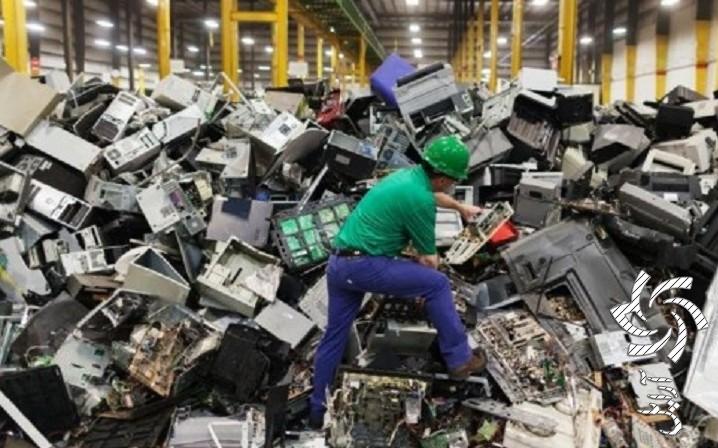 معضلی به نام زباله های الکترونیکیبرق خورشیدی سولار
